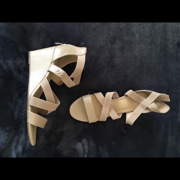 81459a648d65b Liz Claiborne Shoes - 🎉 SALE 🎉 Strappy wedges